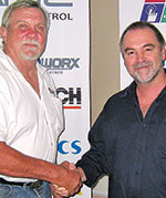 Hennie Prinsloo (left) thanks Eric Hore after the presentation.