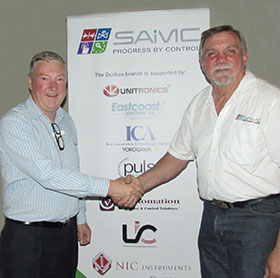 Bill Peet of Swagelok (left) being thanked by chairman Hennie Prinsloo 